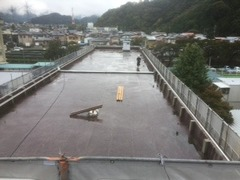 T中学校屋上防水工事 900m2